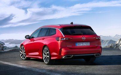 Csúcsmodell csúcsformában: az új Opel Insignia GSi a Brüsszeli Autószalonon ünnepli világpremierjét
