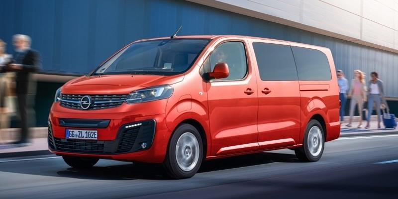 piros Opel Zafira-e Life