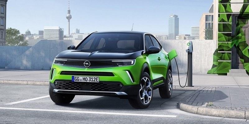 Opel Mokka-e töltése
