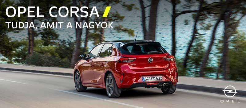 piros Opel Corsa hátulról