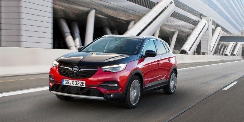 piros-fekete Opel Grandland X Hybrid