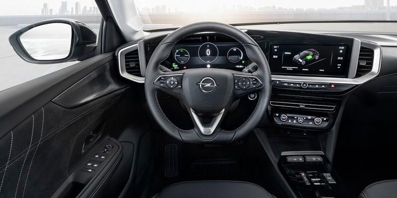Opel Mokka-e Pure Panel műszerfal