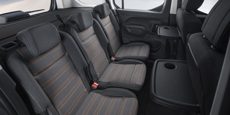 Opel Combo Life belső tér