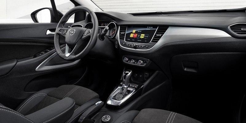 Opel Crossland műszerfal