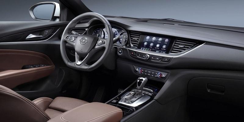 Opel Insignia Grand Sport belső tér