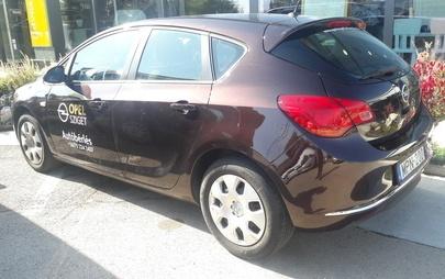 Opel Astra J Autóbérlés