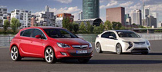2009 GM csőd és új Astra és Opel Ampera bemutatás